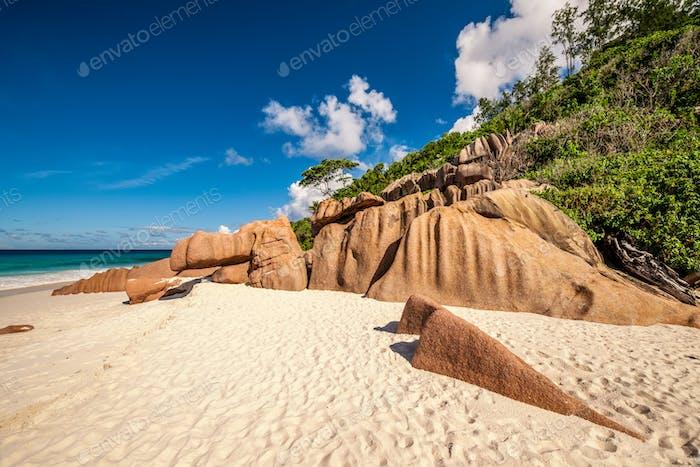 Schöner Strand auf den Seychellen