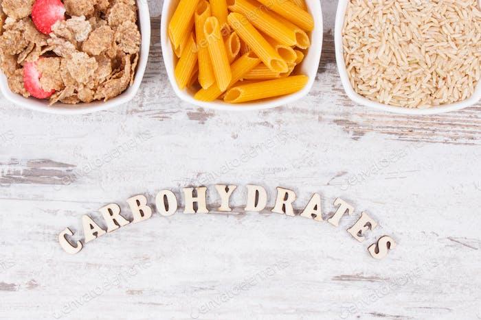 Produkte und Inhaltsstoffe, die Kohlenhydrate und Ballaststoffe enthalten, gesunde Ernährung