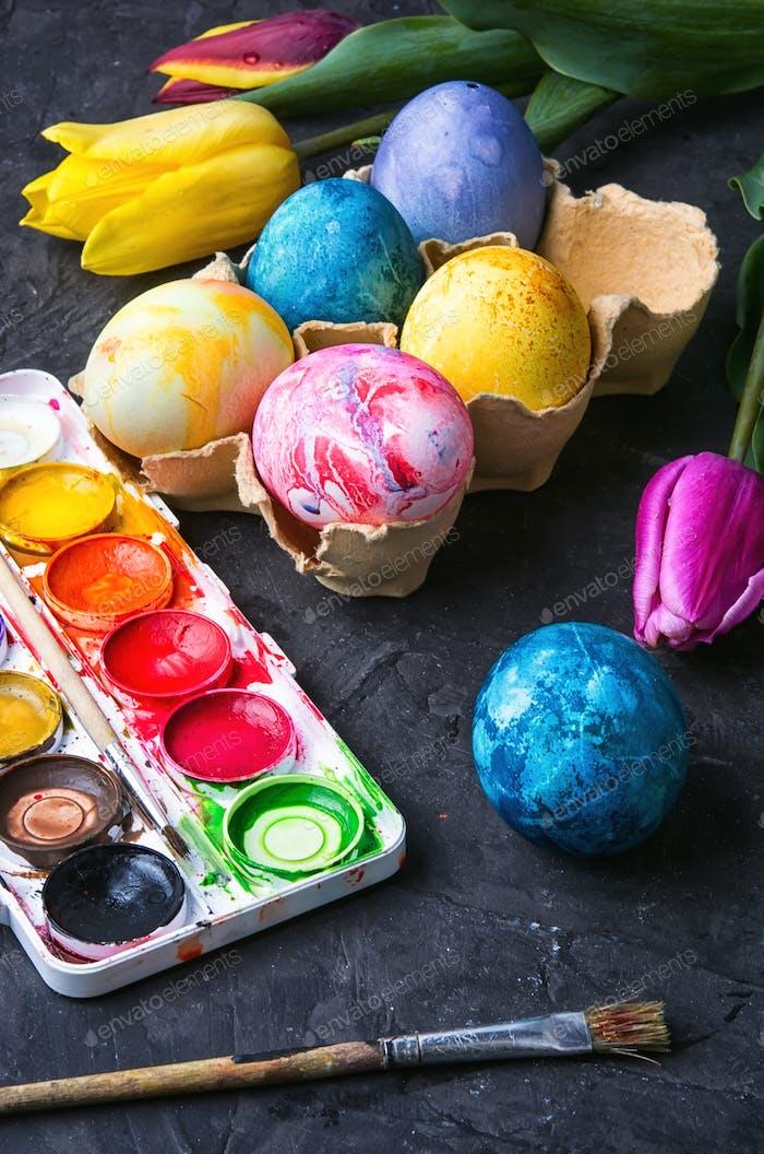 colouring eggs for eastertime