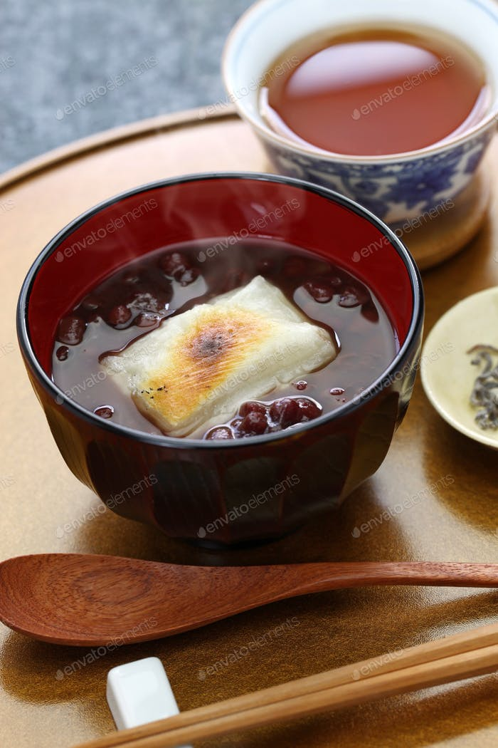 oshiruko, sweet red bean soup with grilled mochi (rice cake), japanese traditional dessert