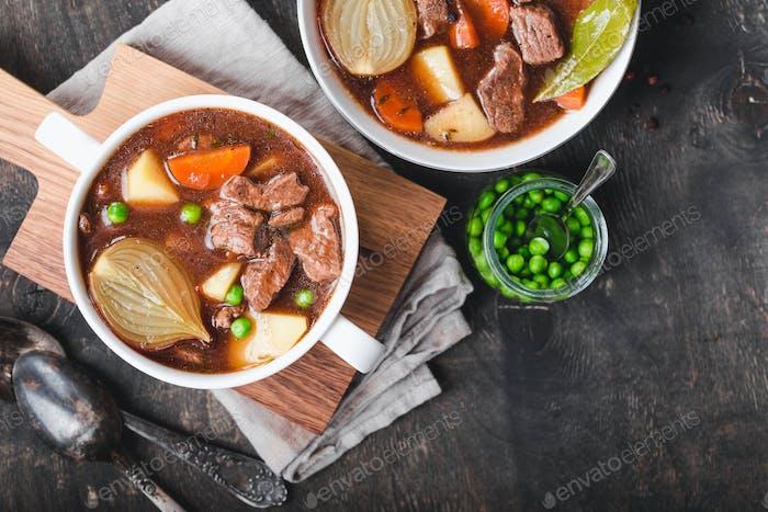 Fleischeintopf mit Rindfleisch