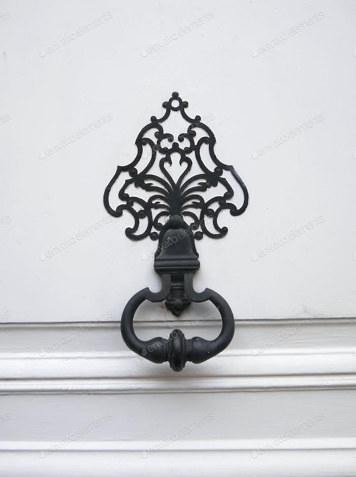 Tirador Decorativas de Puerta antiguo.