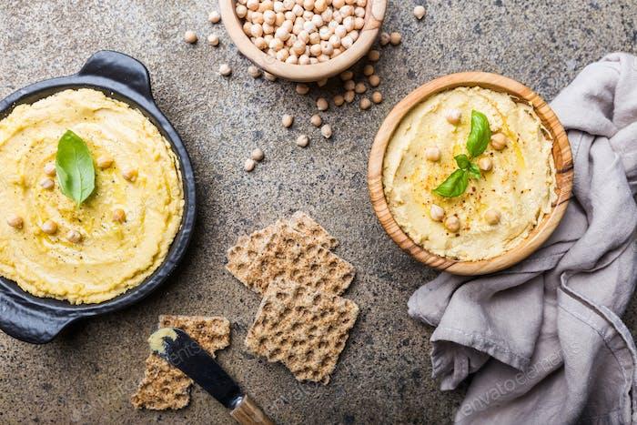 Gesunde hausgemachte cremige Hummus