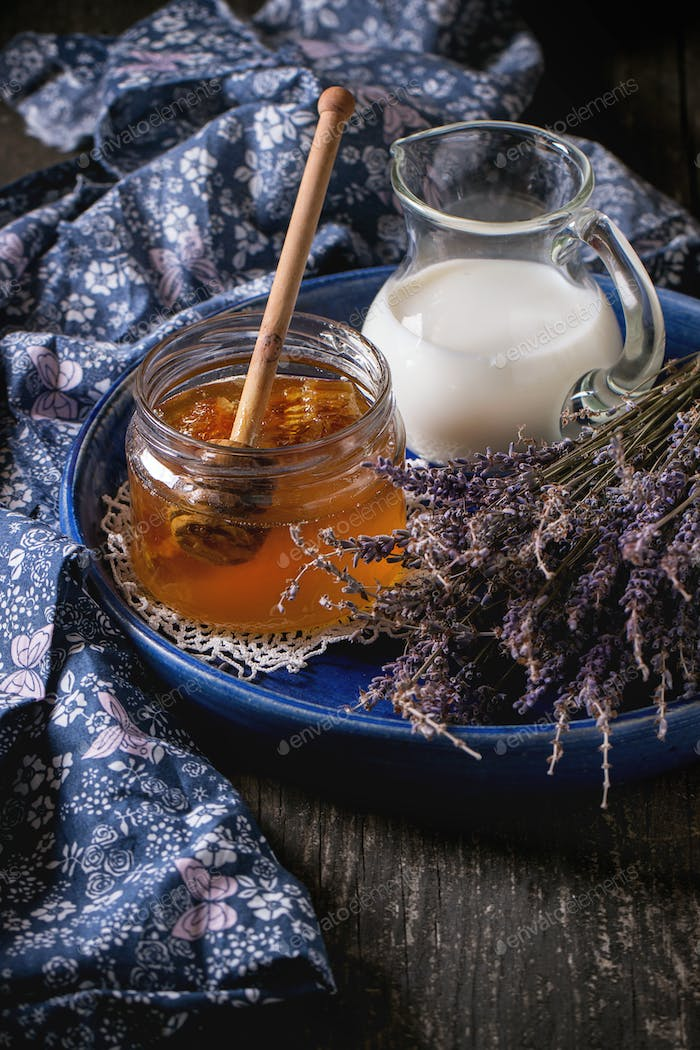 Honey, milk and lavender