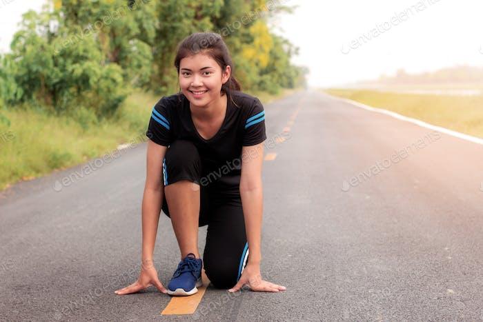 Girl is preparing to run