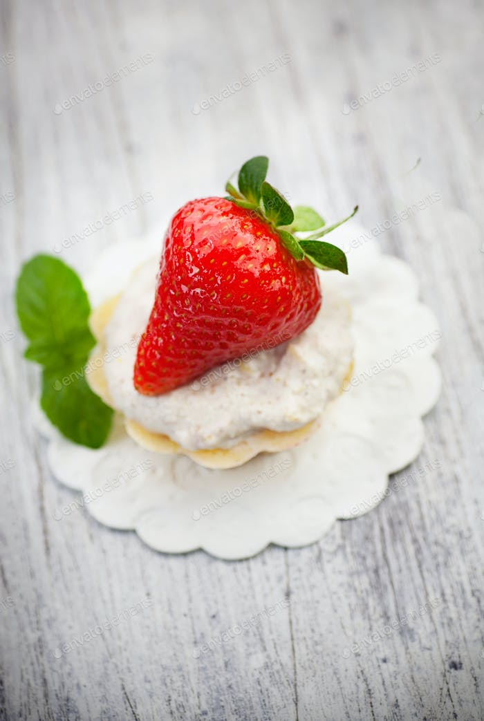 Fruit cupcake