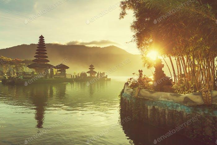 Ulun Danu. Bali (Bali)