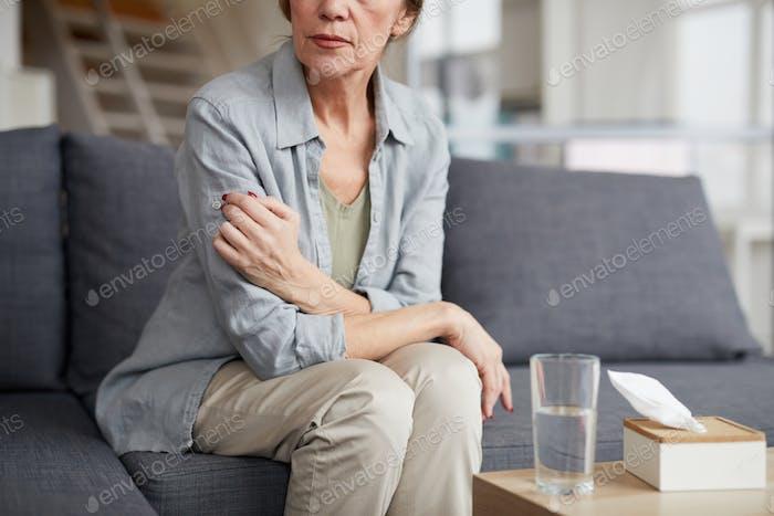 Depressiv Reife Frau in Therapeuten Büro