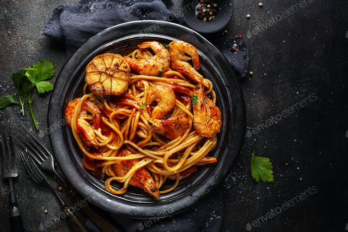 Pasta spaghetti with shrimps and sauce