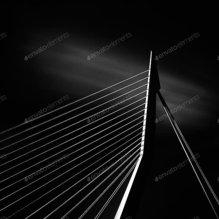Ausschnitt der Erasmusbrücke in Rotterdam, Holland.