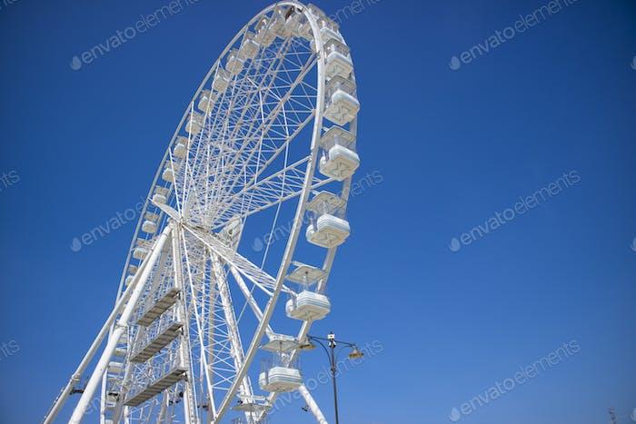 White Ferris wheel