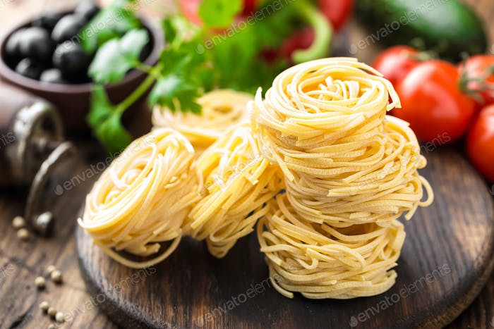 Raw all'uovo pasta, egg noodles