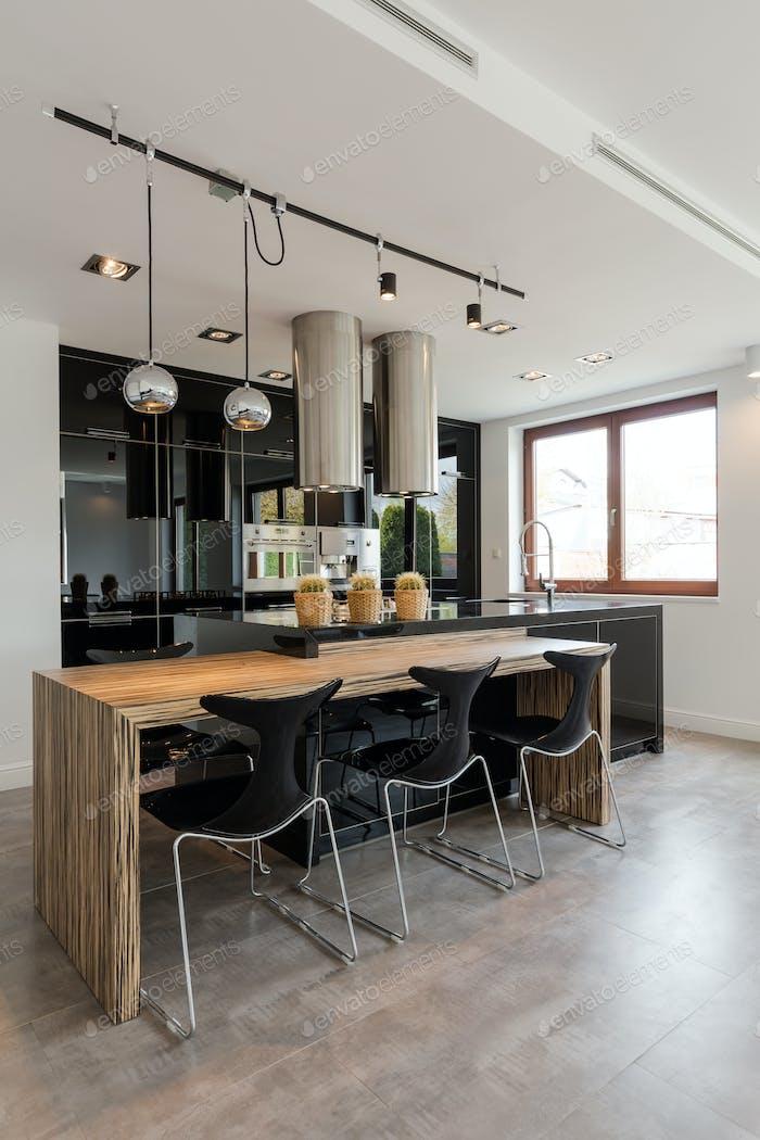 Classy, elegant kitchen