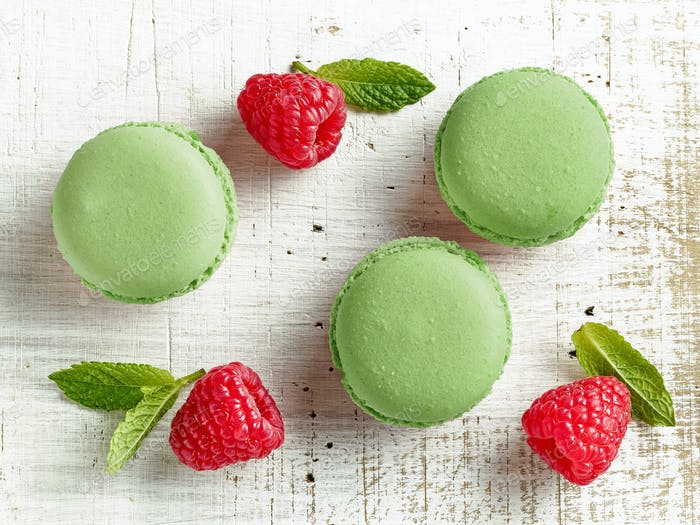 green mint macaroons