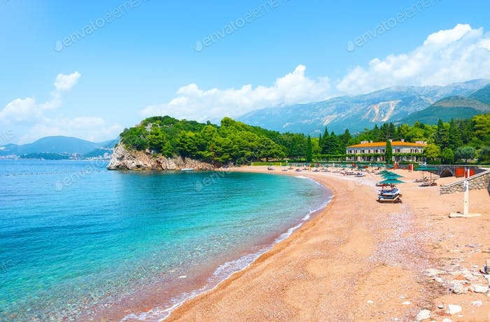 Milocer queens beach