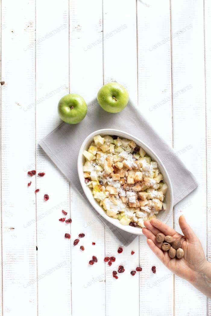 Nutmeg spice in apple strudel filling