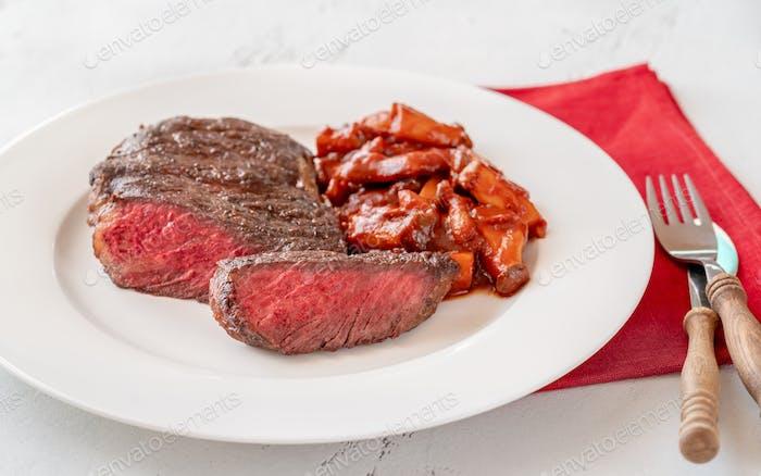 Steak-Ribeye mit Pilz-Eintopf
