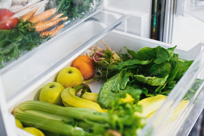 Vegetarian diet.  Food delivery