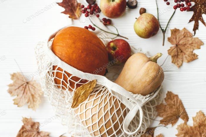 Eco friendly Thanksgiving, flat lay