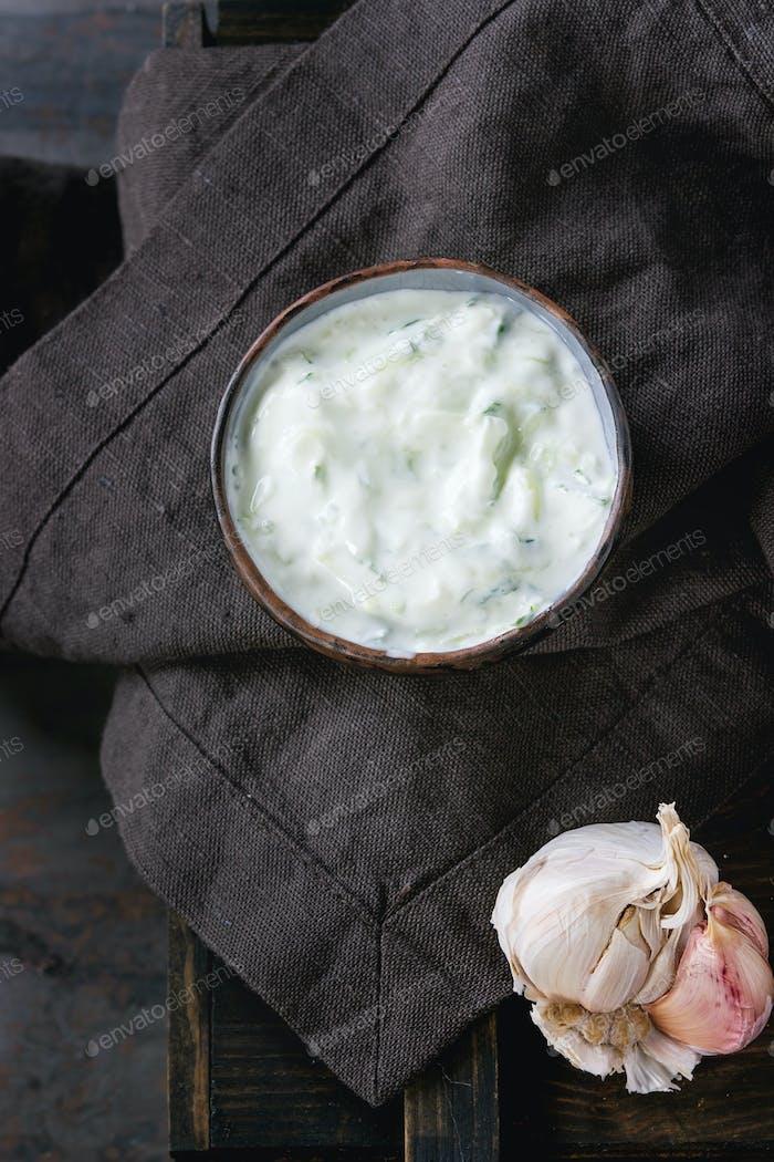 Griechische Sauce Tzatziki