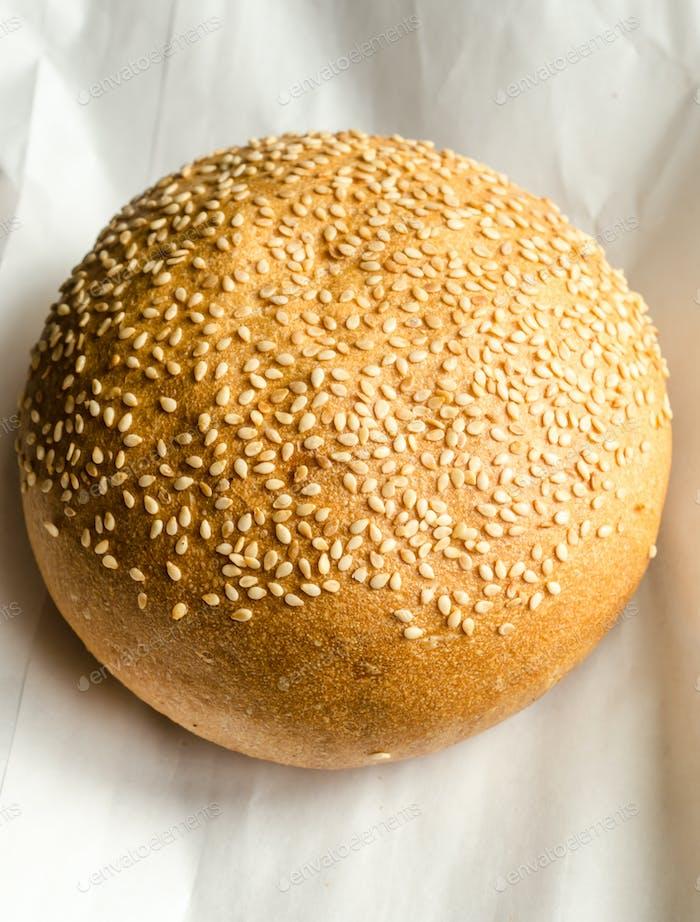 Sesame bun