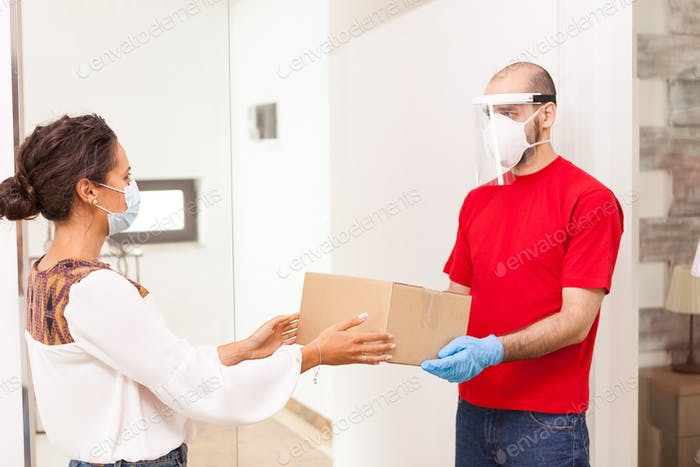 Посыльщик и клиент