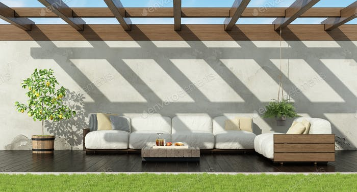 Garden with white pallet sofa