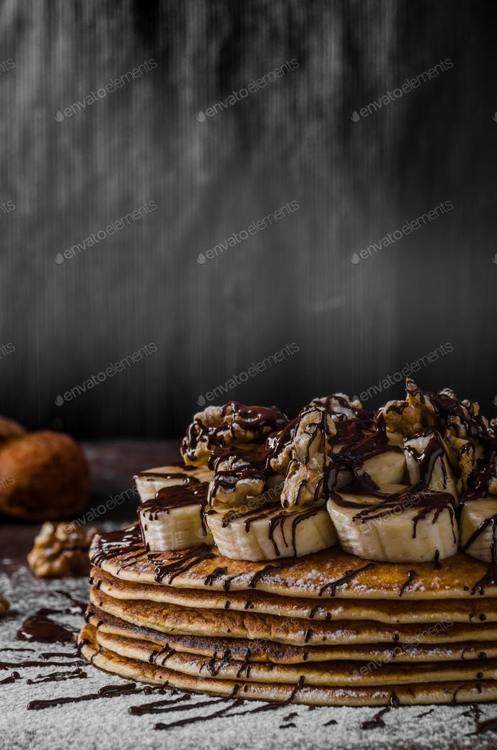 Rustikale Pfannkuchen mit Ban