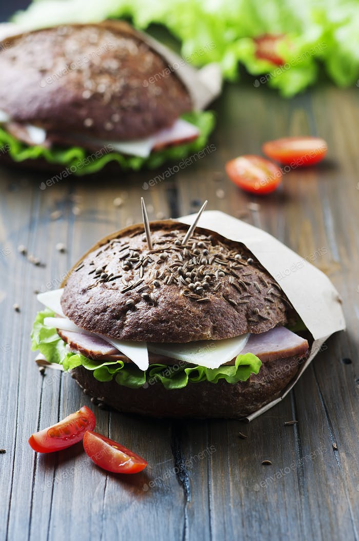 Healthy sandwich with ham, cheese and lettuce