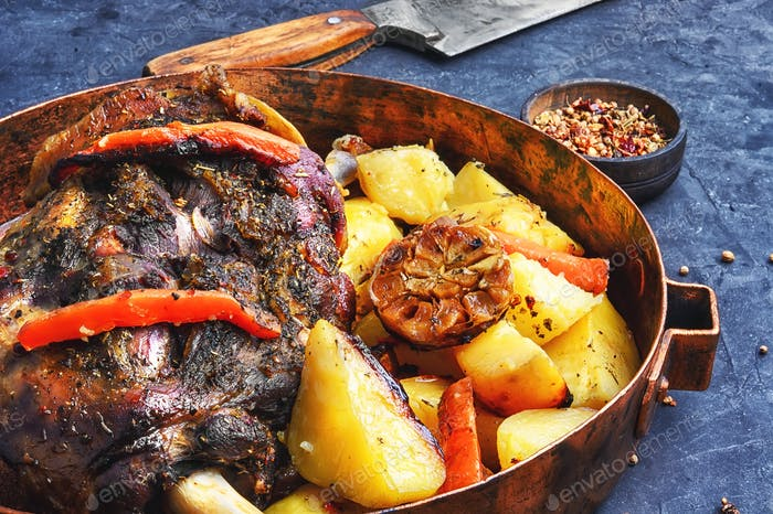 Roast mutton in the pan