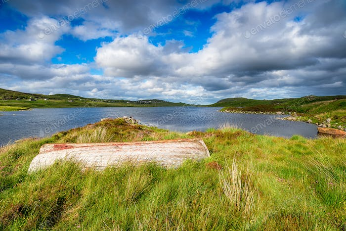 An upturned boat on the shores of Loch Erisort