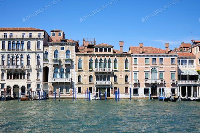 Venedig alte Gebäude Fassaden und der Canal Grande, Italien