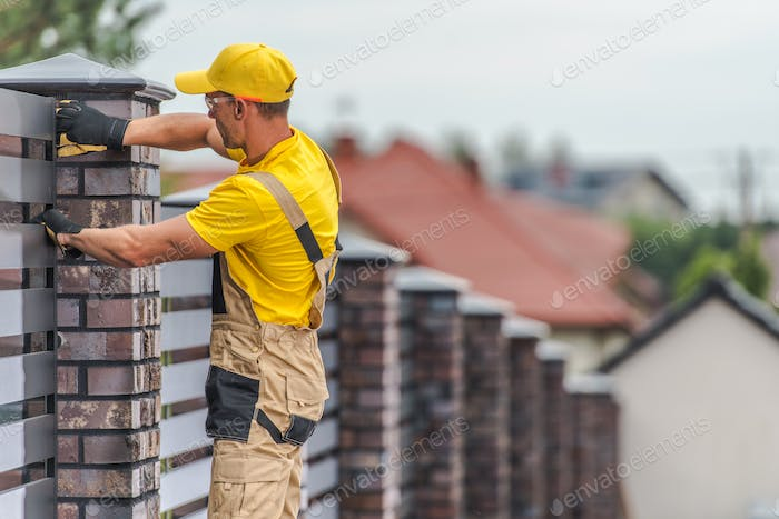 Home Fence Building