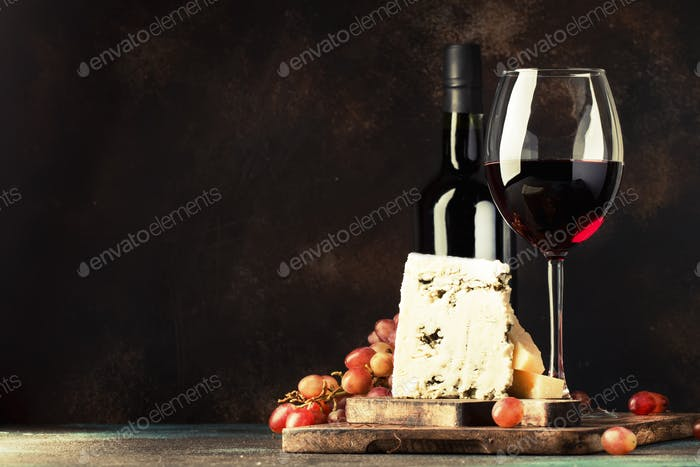 Port wine and blue cheese