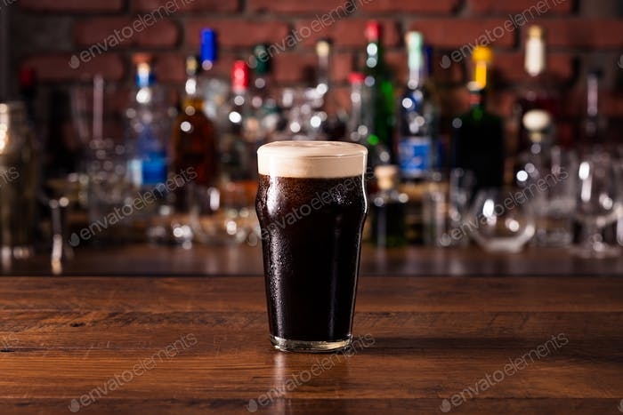 Refreshing Dark Stout Craft Beer