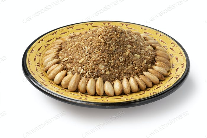 Gericht mit traditionellen marokkanischen hausgemachten Sellou