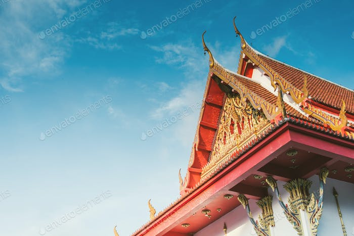part off thailand buddist temple roof