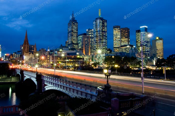 Skyline de Melbourne hacia Fed Square