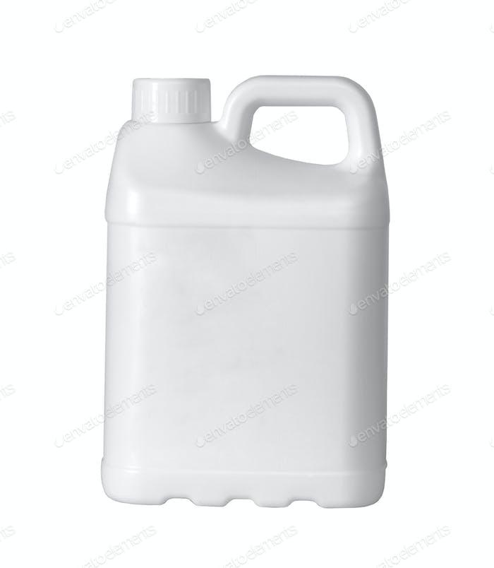 Weiße Kunststoffkanister ist auf weißem Hintergrund isoliert