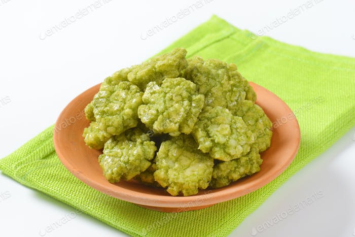 bowl of wasabi crackers