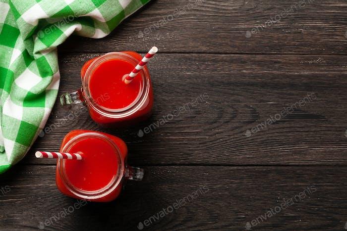 Frischer Tomatensaft