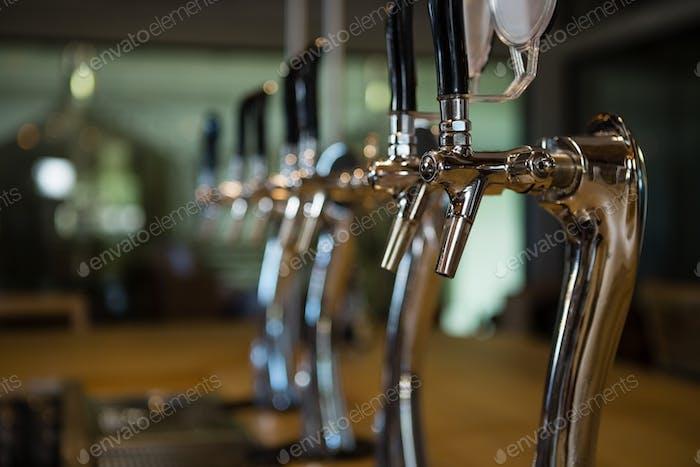 Bierhähne an der Bar