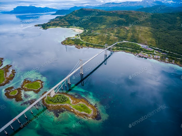 Tjeldsundbrua Brücke in Norwegen