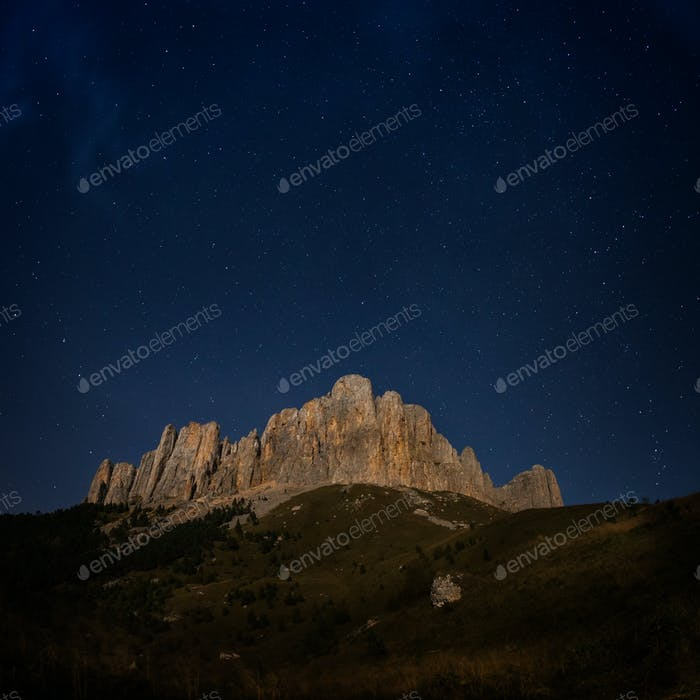Mountain Big Thach and starry sky