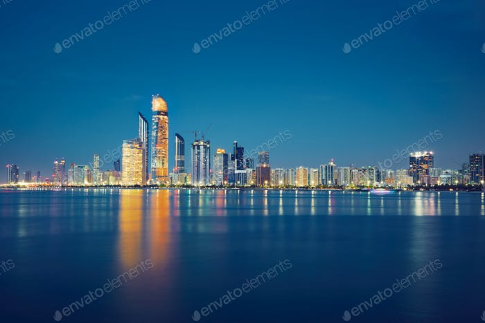 Night Abu Dhabi