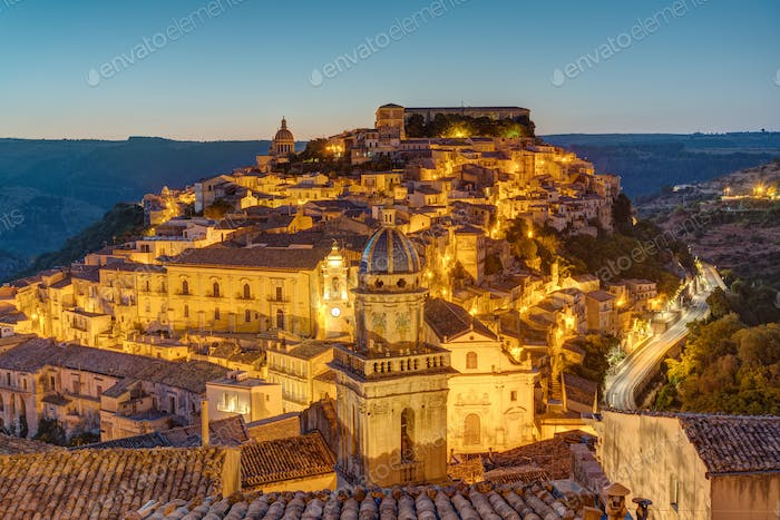 Ragusa Ibla before sunrise