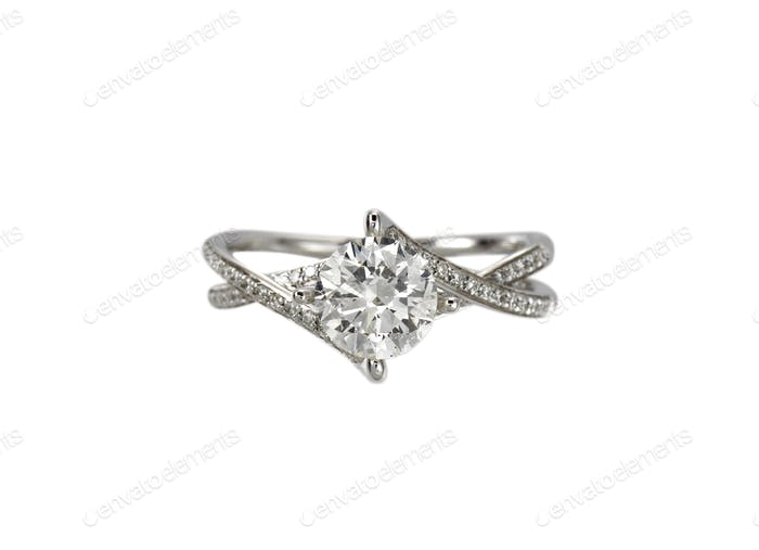 Diamond solitaire engagement wedding ring