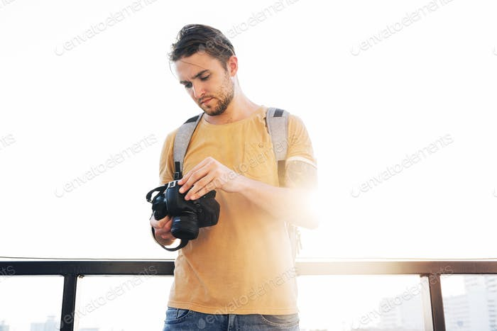 Fotografenkamera DSLR Shooting Journalist Konzept