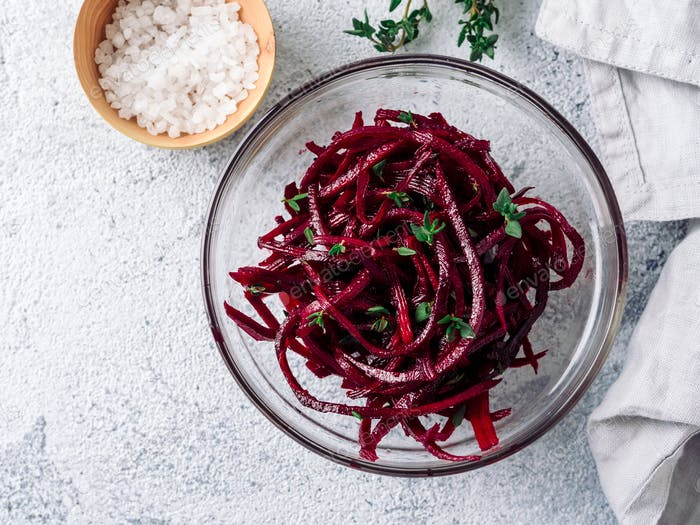 Raw beetroot noodles or beet spaghetti salad