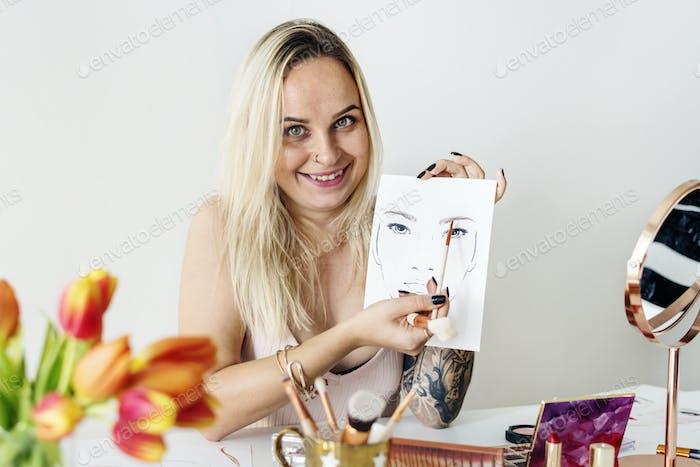 Beauty blogger recoding makeup tutorial
